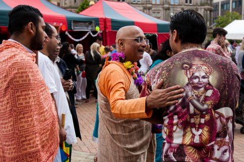Devotees and officiants mingling after the Ratha Yatra procession
