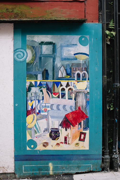 Gifts and accessories shop painted by Jo McSkimming