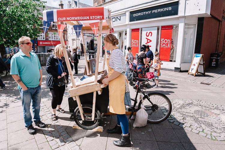 Pop up pedal driven market stall at Norwegian Market in the Square Guid Nychburris 2016