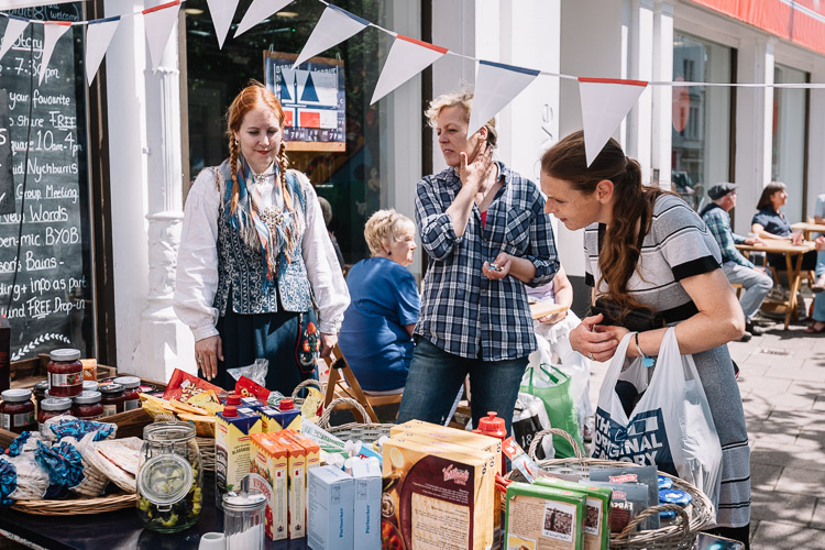 Doonhamers invited to browse and taste a variety of Norwegian treats