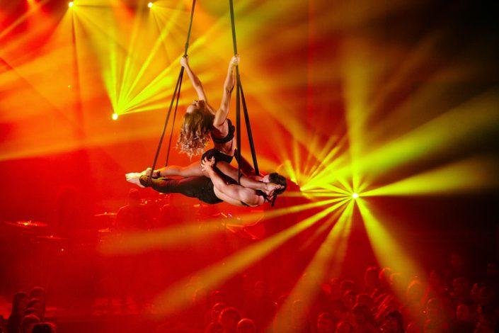 Aerial dancers at Le Haggis performance