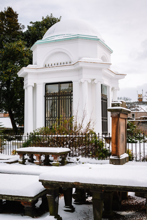 Robert Burns' Mausoleum in the snow
