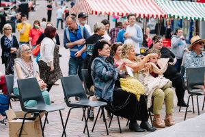 Good weather to watch a music show and chill on Dumfires High Street