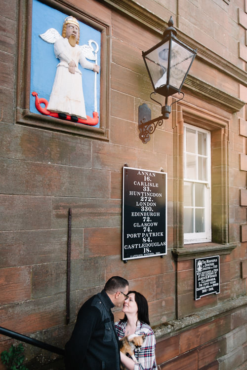 Couple on the steps of Midsteeple, Dumfries