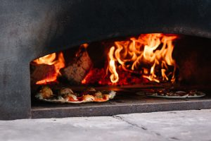 Pizzas in the stove at Nithraid