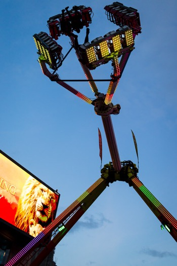 Extreme ride in full swing at St Enoch Square funfair
