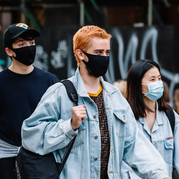 Young people wearing masks on Argyle Street during COVID-19 pandemic